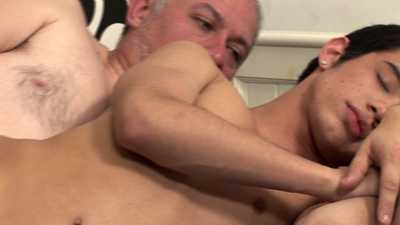Old guy works his shaft into tight wet twink butt